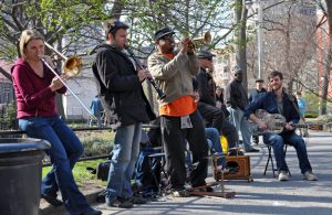 Banda tocando el festival de Greenwich Village Jazz